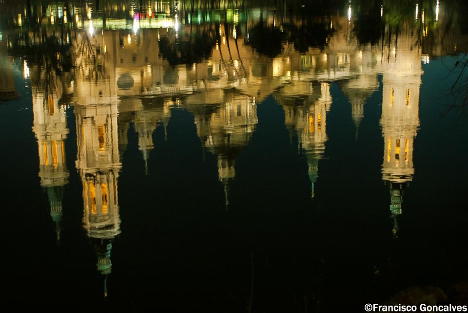 Reflejos en el Río Ebro / Reflections on the Ebro River