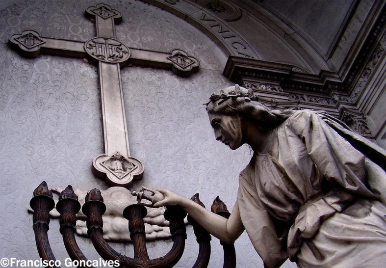 Cementerio de La Recoleta - Buenos Aires, Argentina / La Recoleta Cemetery - Buenos Aires, Argentina