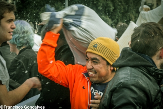PillowFight9