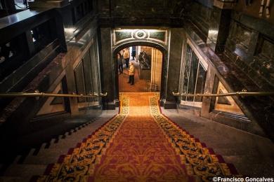 Dentro de la Casa de la Ciudad / Inside the City Hall