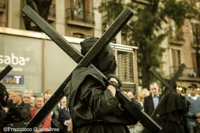 Llevando la cruz