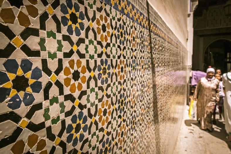 Hay detalles por toda la medina, como estos azulejos