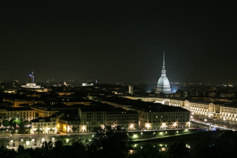 Vista nocturna desde el Monte dei Capuccini