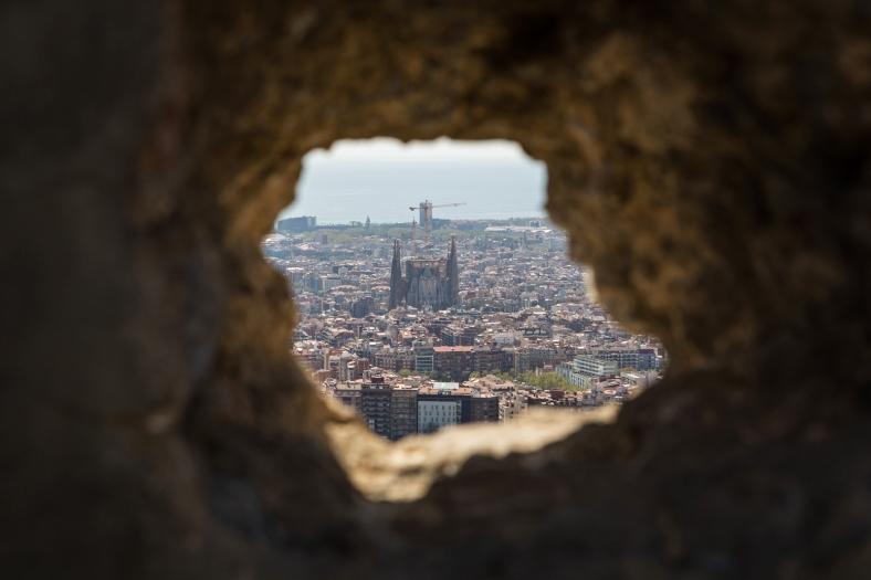 La Sagrada Familia en un agujero