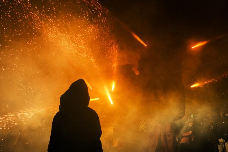Foc i més foc