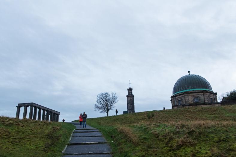 El City Observatory a la derecha