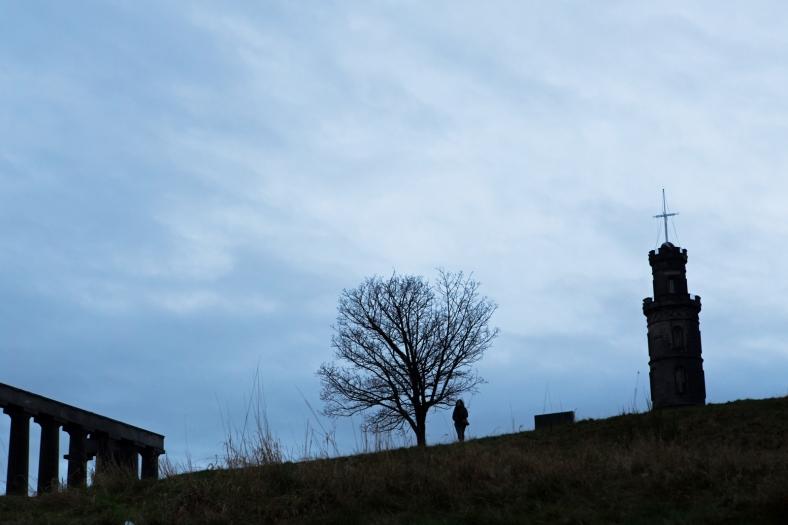 El National Monument a la izquierda y el Nelson Monument a la derecha