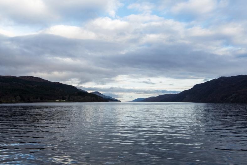 El famoso Loch Ness. Según los locales no suele estar tan calmado en invierno.