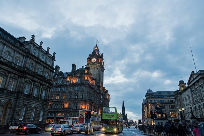 Anochecer en Edinburgo
